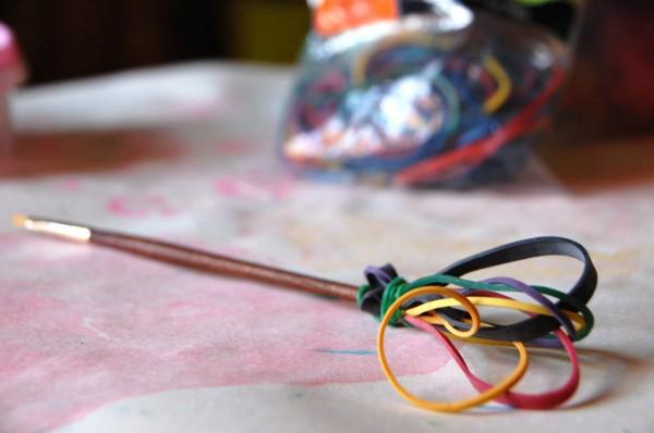 rubber band brush
