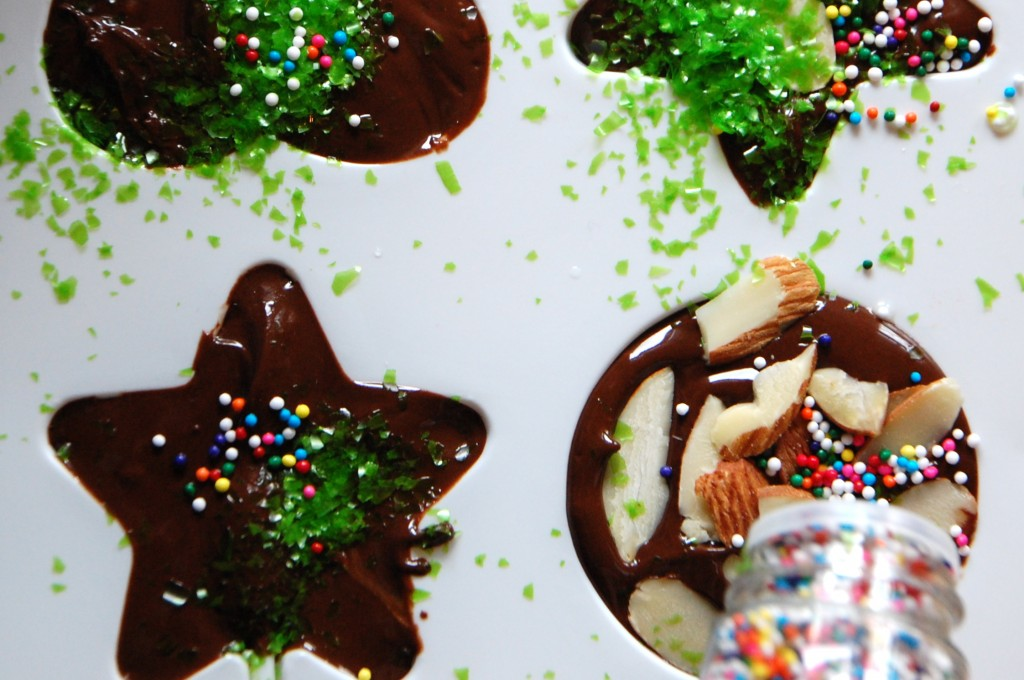 Making Chocolate Lollipops
