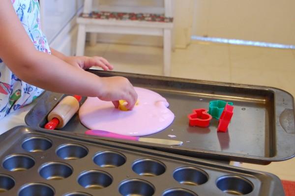Gak Recipe - How to Make Gak - TinkerLab.com