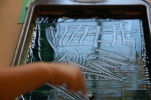 drawing patterns on ink for monoprint