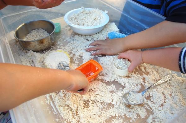 How to Make Cloud Dough, the funnest, easiest dough recipe around | TinkerLab.com