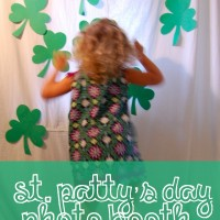 st pattys day photo booth with kids