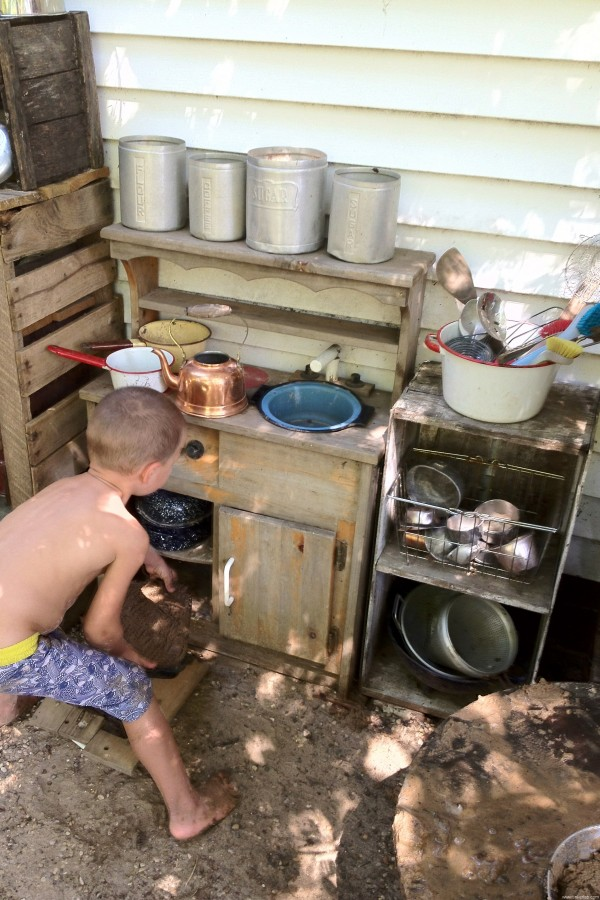 outdoor mud kitchen kids