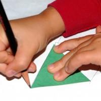 make a paper lantern