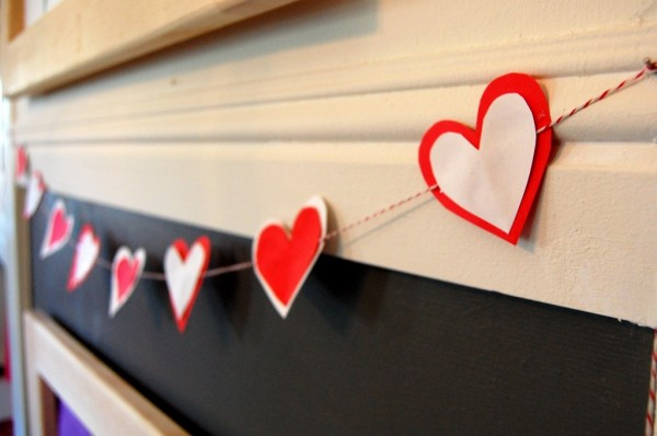 Valentines Day Ideas for Kids | Valentine Garland