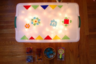 Rubbermaid Light Box with Christmas Lights