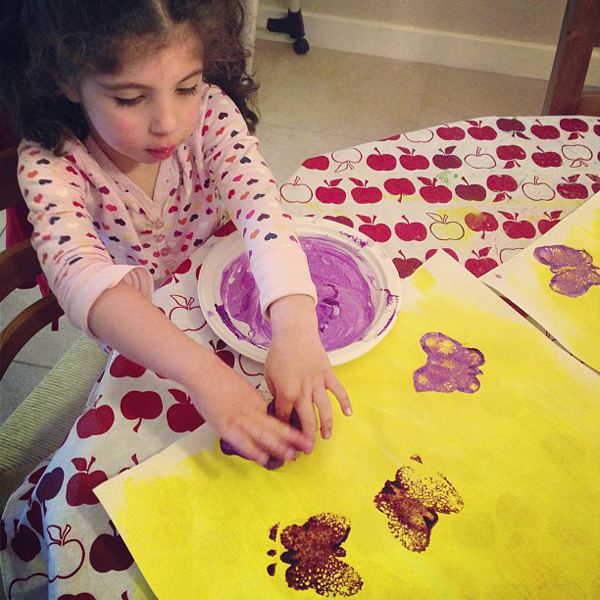 Making your own wrapping Paper with stamps