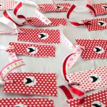 Easy Valentine Bookmarks
