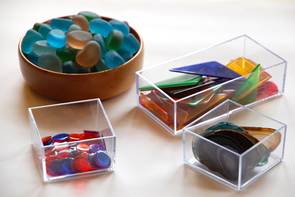 Inspiring objects for light table