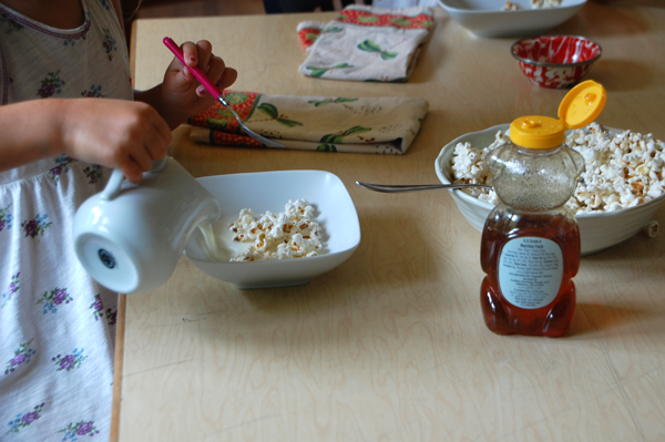how to make breakfast popcorn