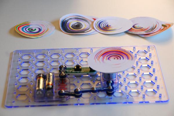 Snap Circuit Spin Art Machine 4