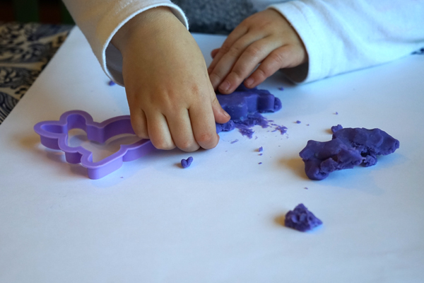 Play Dough mistakes! Don't use play dough on paper.