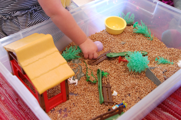 How to set up art activities for toddlers and older children | TinkerLab.com