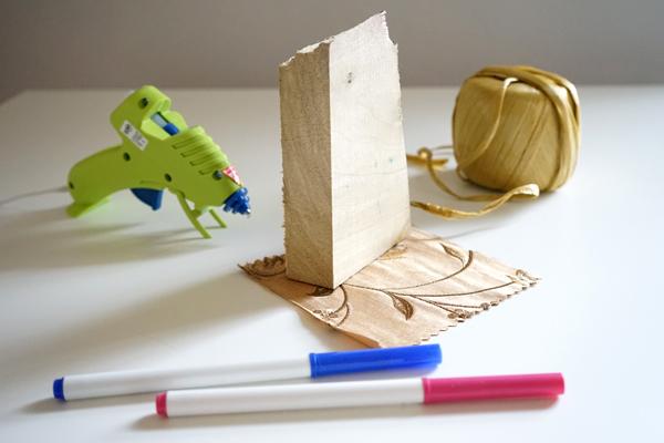 Found Object Art - Make a Junk Critter | Tinkerlab.com
