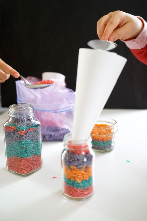 A Classic Craft: Colored Rice Layer Jar