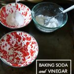 Fun Science Experiments: Vinegar and Baking Soda