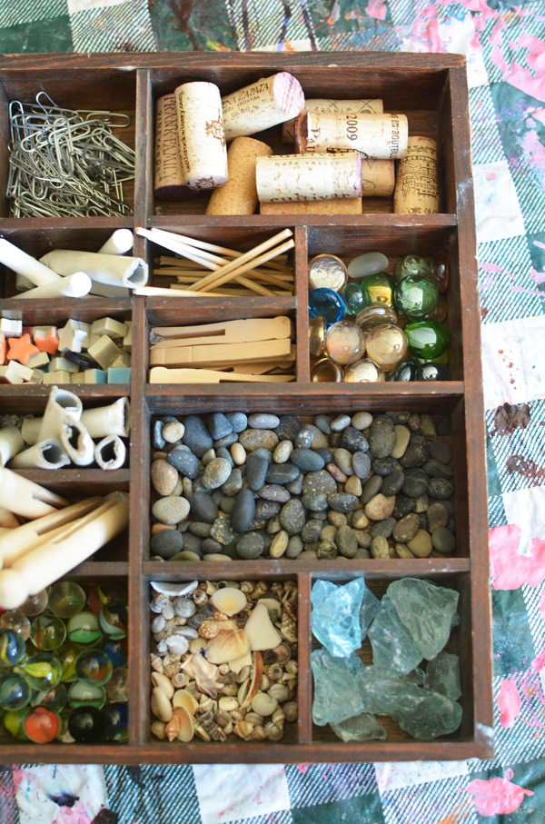 Tinker Tray in the Reggio Art Classroom | Meri Cherry on TinkerLab.com