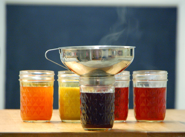 How to cook natural dye for Easter Eggs and Painting