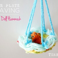 Make a paper plate weaving into a doll hammock | Kids Weaving project