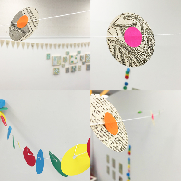 circle garland with stickers