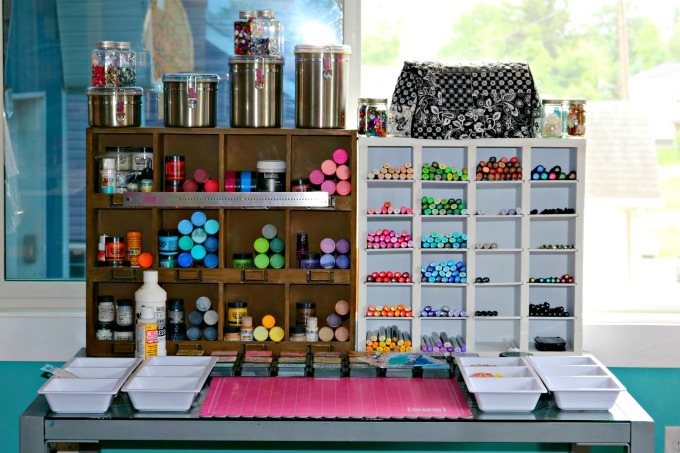 Art supply organization studio