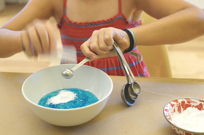 saline solution slime recipe